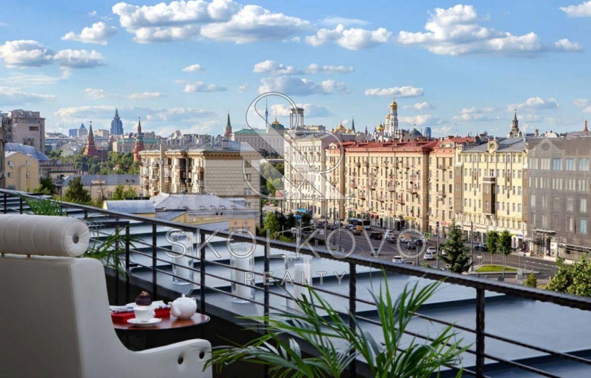 Квартира 4-Комн. Квартира, 221 М², 4/5 Эт. Москва